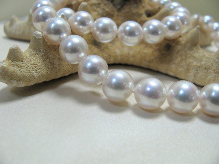 naszyjnik-z-perel