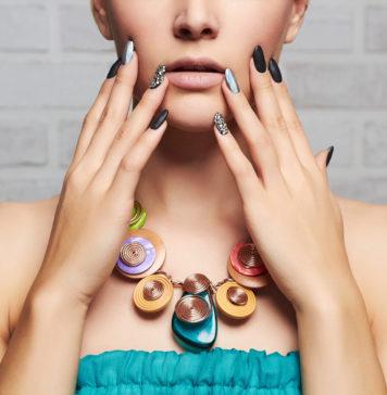 Manicure hybrydowy na imprezę