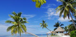 Piaszczysta plaża na Malediwach