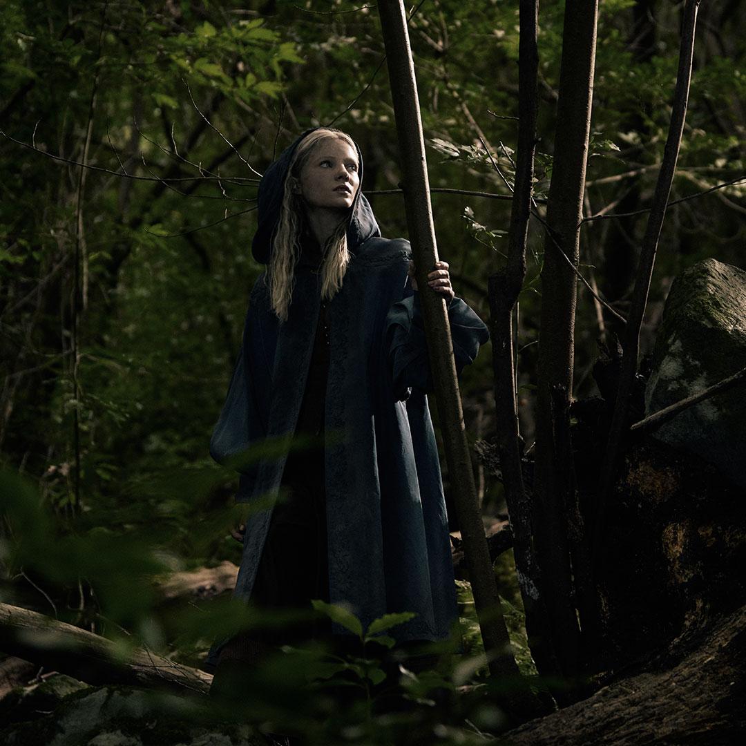 Freya Allan jako Ciri