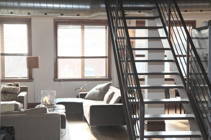Mieszkanie z wejściem na antresolę