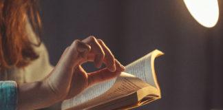 Czytanie wciągającej książki