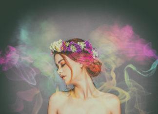 Kobieta ubrana w zapach