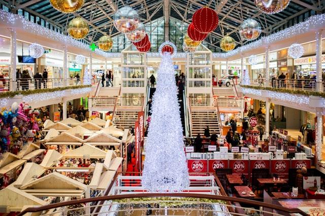 Świąteczne centrum handlowe