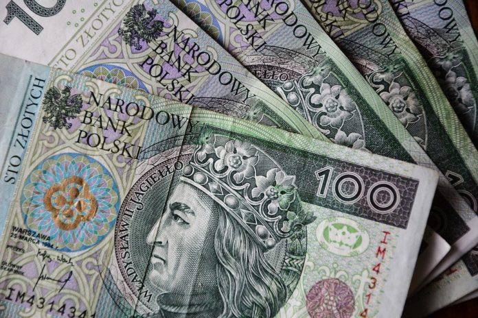 pieniądze polskie 100 pln