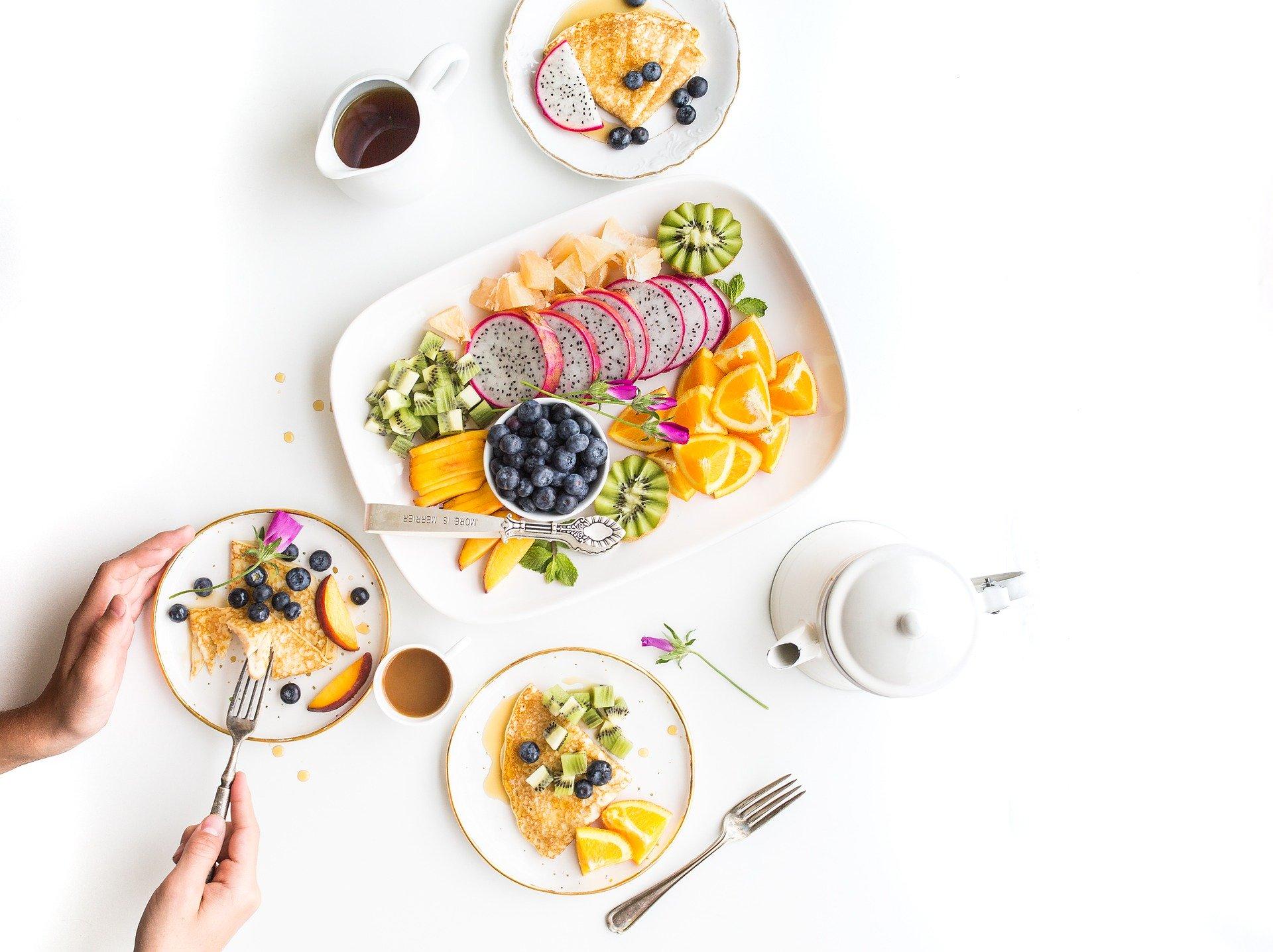 pyszny i świeży posiłek cateringu dietetycznego
