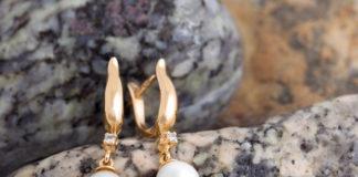 kolczyki pozłacane z kryształkami i perłami