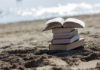 ksiązki na plaży