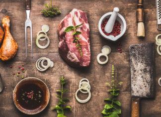 Różne rodzaje mięsa na grilla