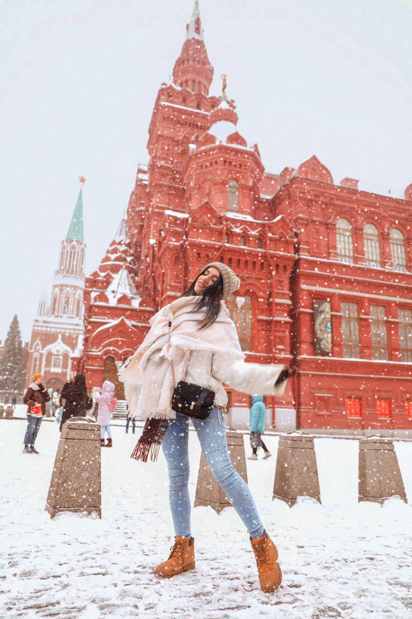 rosja dziewczyna w zimowych butach