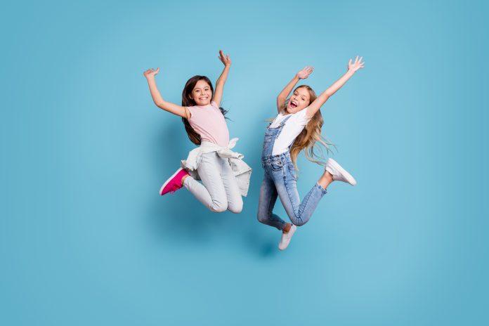 radosne dziewczynki