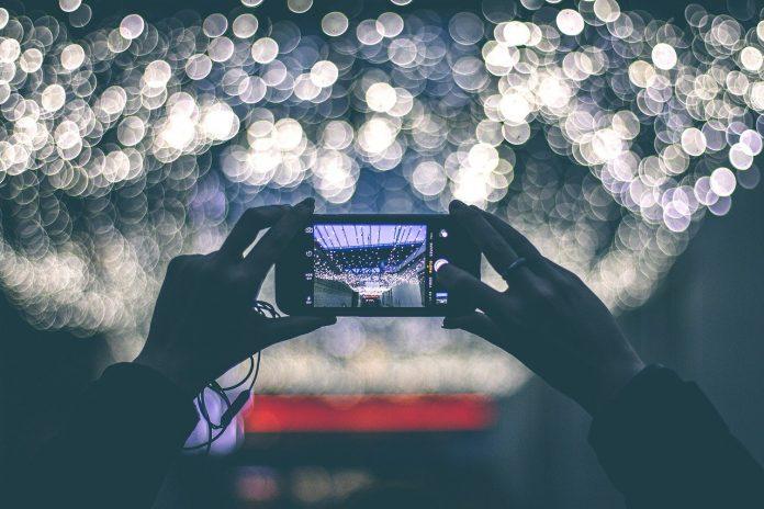 artystyczne zdjęcie smartfonem