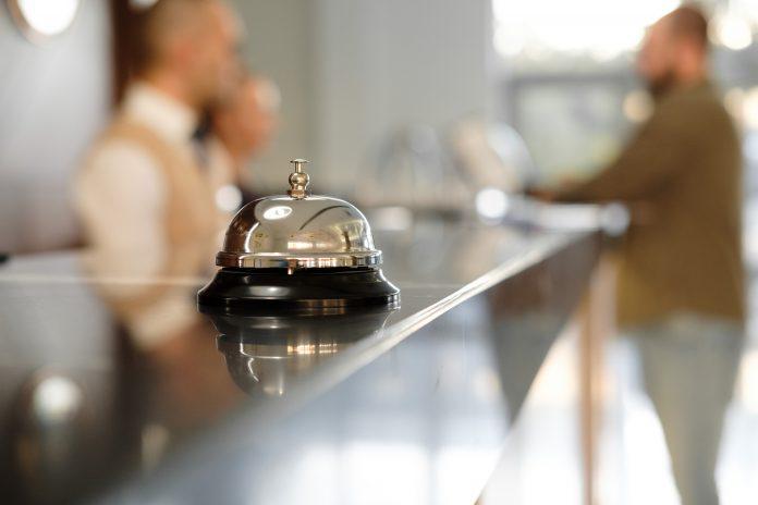 luksusowa recepcja hotelowa
